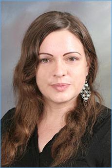 Chiara Kelly, author